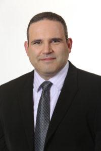 שרון אוליאר הינו ארכיטקט פתרונות Datacenter, שליטה ובקרה בקבוצת ה-CTO במיקרוסופט ישראל