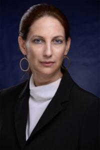 """רונית לפידור בלו, מנכ""""לית מיה מחשבים נציגת SAS"""